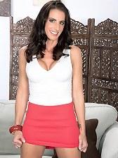 Katrina\\\'s tits, pussy and asshole show