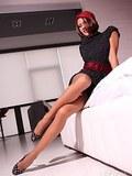 Leggy MILF in sexy vintage nylon stockings