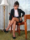 Glamour secretary milf iupskirting fine stockings