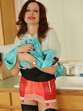 Leggy stocking girls in full fashioned stockings