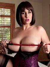 Mistress Demmi
