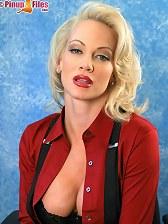 BarbaraMoore-lookingsexyinblacksuspenders