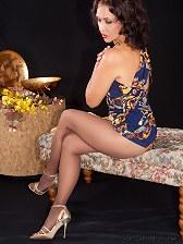 Brunette milf Roni teasing pantyhosed legs