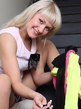 Anita Hanger having fun her wet cooter through her pantyhose