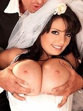 Arianna's Bridal Boob Bang